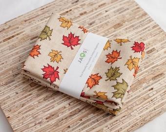 Large Cloth Napkins - Set of 4 - (N6469) - Autumn Maple Leaf Modern Reusable Fabric Napkins