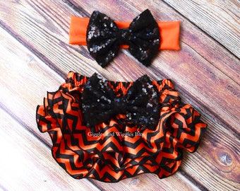 Halloween baby outfit, orange and black chevron, baby bloomers, baby diaper cover, infant girl clothes, 1st halloween, halloween costume