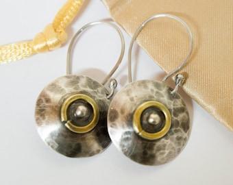 Disc Earrings , Hammered Disc Earrings, Disc Dangle Earring ,Circle Dangle Earring ,Every day earrings,Silver disc earrings,Mixed metal