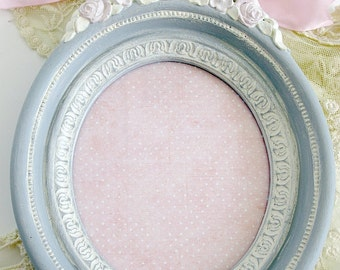"""Oval Frame Gray White Cream Pink Vintage Homco 9"""" Hand Painted Shabby Chic Cottage French Farmhouse Wall Decor Floral Ribbon Wedding Shower"""