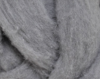 Polypay Wool Roving -- Silver