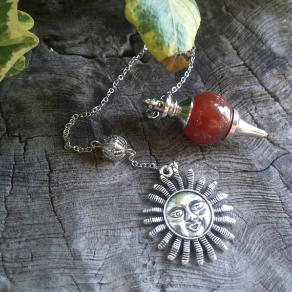 Red Carnelian Pendulum - Dowsing Pendulum - Pendulums - Chakra Pendulum - Crystal Pendulum