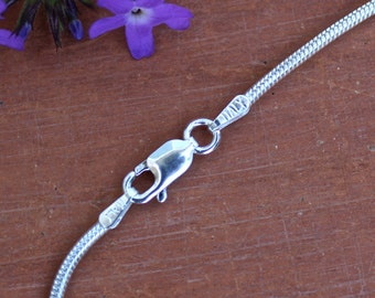 20 inch Italian Sterling Silver .040 Snake Chain Necklace with Sterling Silver Lobster Claw Clasp Jewelry