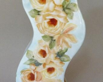 Modern Rose Zig-Zag  Vase