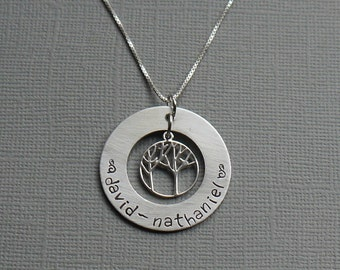 Mom's washer necklace with tree of life - hand stamped pendant - mom necklace - grandma necklace - kids names