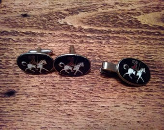Cuff links w/ Musketeer on Horse Set (K)