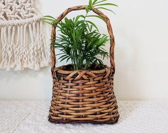 Dramatic Basket with Handle / Easter Basket / Flower Basket / Basket Planter