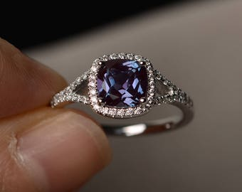 Lab Alexandrite Ring Sterling Silver Ring Color Changing Gemstone Engagement Ring June Birthstone Ring for Women