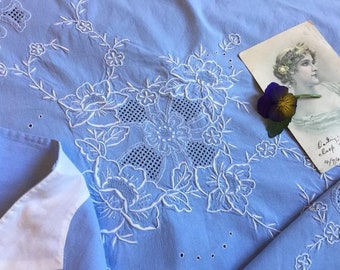 Exquisite Vintage Hand Embroidered Wedgwood Blue Top Sheet & 2 Pillow Case Set