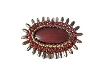 Bague femme, bague réglable, bague brodée, bague pierre fine, baque perles, bague jaspe rouge, bague laiton
