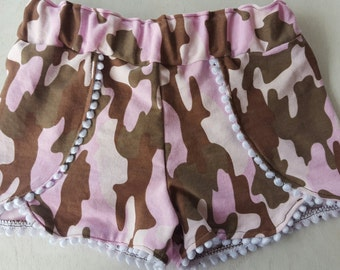 Pink camo print shorts/ toddler bottoms/ girl camoflauge/ pompom shorts/ boutique clothing/ childrens clothing/ 2t/ pompom shorts
