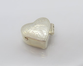 Vintage Sterling Silver Edged Heart Pill Box