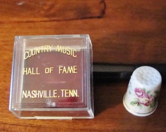 Collectors Thimble from Country Music Hall of Fame