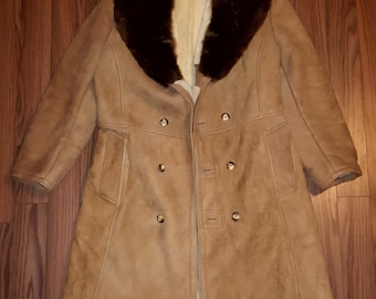 Men's Large Genuine Sheepskin Shearling Coat with Real Fur Collar