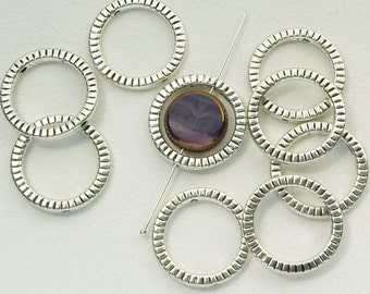Pewter Round Bead Frames Silver Plated 20mm - 10