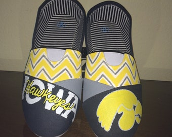 Iowa Hawkeyes womens shoes Toms available