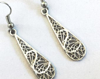 Silver filigree drop earrings, sterling silver earrings, dangle drop lace filigree teardrop earrings, designer signed vintage FREE SHIPPING
