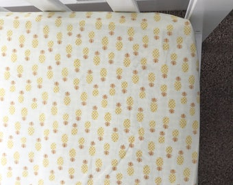 Pineapple crib sheet