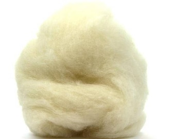 Corriedale Wool Roving - White Ecru - 4 ounces