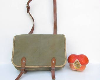 Green Military Canvas Bag,  Soviet Army Canvas Bag, Old Messenger Bag, School bag, USSR type Cold War, haversack, Army Green Bag, Gift Idea
