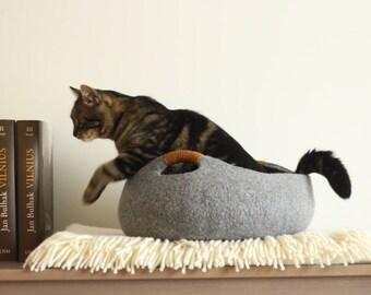 Cat bed/cat house/cat cave/basket felt cat bed