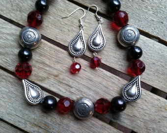 Red, Black & Silver Beaded Necklace and Earring Set  NES-062514-06