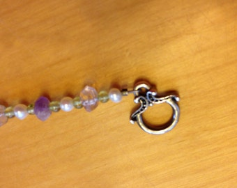 Amethyst, peridot & pearl bracelet with silver toggle clasp