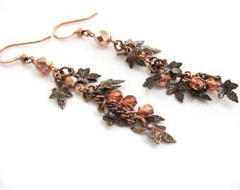 Autumn Leaf Earrings, Fall Dangle Earrings in Antique Copper Finish, Dainty Maple Leaf Earrings, Fall Fashion Jewelry, Autumn Accessories