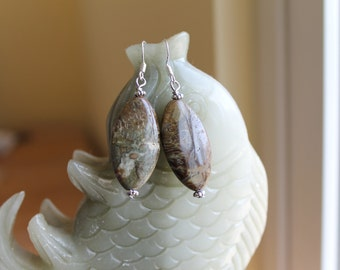 Beautiful Snakeskin Jasper Earrings, sterling silver hook 01