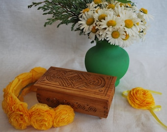 Jewelry holder Wood carving Wooden box Jewelry box