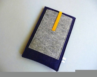 """iPhone 4,5,6,7,8,X sleeve """"The Swede"""", pure new wool felt, custom size, shock-absorbing, insulating, water-repellent, Samsung case iPod case"""