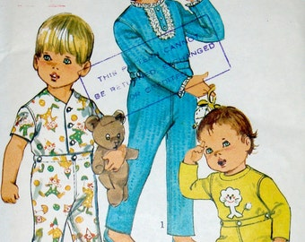 Vintage 60s Pattern - Simplicity 8076 Toddler's Pajamas - Sizes 1 and 3