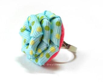 Lt. Blue Polka Dot Rose Ring
