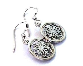 Simple earrings, dangle earrings, Drop earrings, floral earrings, Boho earrings, casual earrings, Sterling silver earrings - Vital E8005F