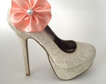 Peach Flower Pearl Shoe Clips - 1 Pair