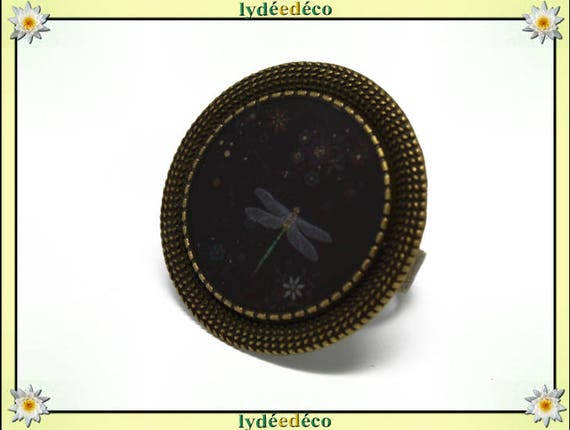 Round ring retro vintage black grey Dragonfly flowers resin adjustable brass diameter 20mm