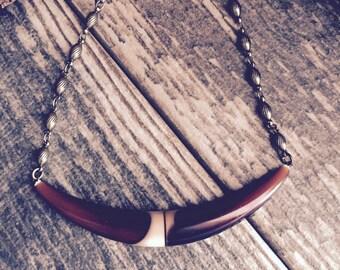 Horn Necklace,Boho Horn Necklace,Horn Bib Necklace,Tribal Horn Necklace,Tribal Necklace,Short Horn Necklace,Lucite Necklace,Lucite Jewelry