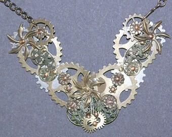 Gears Flowers Necklace & Earring Set