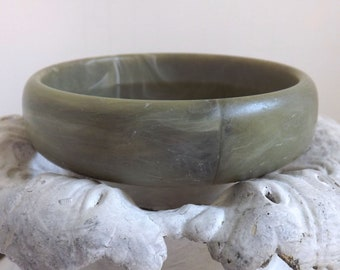 Vintage matte olive green marbled lucite bangle bracelet summer fall jewelry