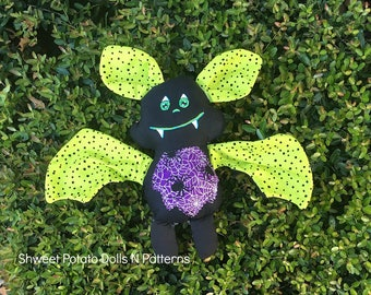 Handmade Flying Bat Stuffie, Cloth Doll, Halloween Gift, Gothic, Woodland Animal