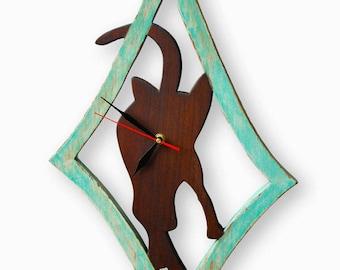 Clock wall solid wooden cat