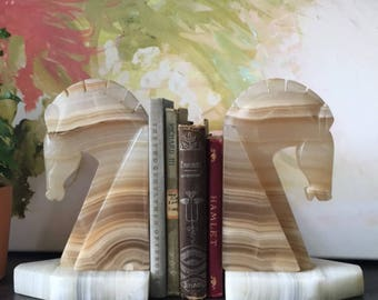 Marble Horse Bookends, Vintage Marble, Horse decor, vintage bookends, Animal Bookends, Antique Bookends, Marble Decor, Marble Figurine, Boho