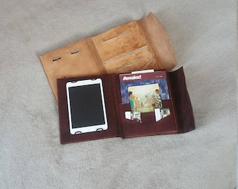 Leather ministry organizer, holder, tablet holder. Holds everything for a full day in service!