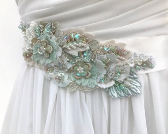 Beaded Lace Bridal Sash /Crystal Pearl Wedding Sash /  Vintage Style / Ivory /  Light Green / Wedding Dress Sash /  Flower Sash / Boho
