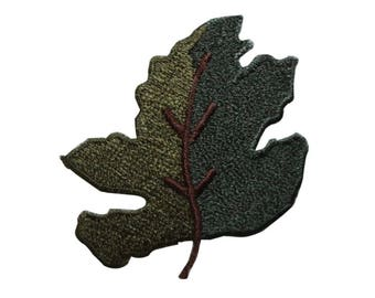 ID 7201 Two Tone Green Maple Leaf Patch Nature Tree Embroidered Iron On Applique