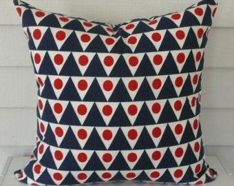 Reversible Studio Bon Indoor/Outdoor Pennant Pillow Cover