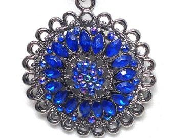 Stunning Estate Blue AB Rhinestone Dangle Flower Silver Tone Necklace