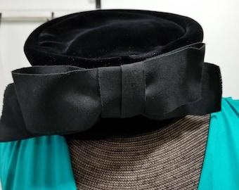 SALE! Vintage Betmar Black Velvet Hat w big black bow Union Made Lovely