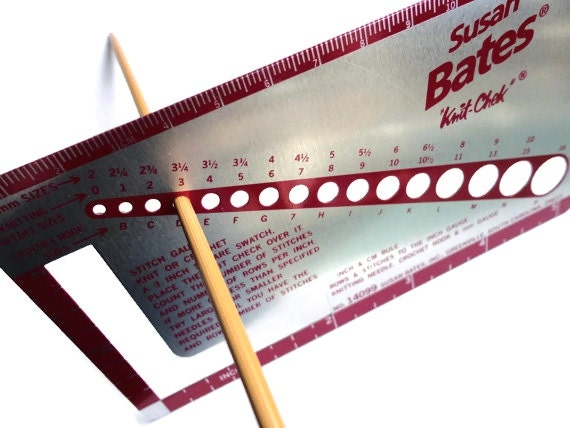 Knitting Needle Size Gauge : Susan bates knit chek knitting needle gauge for size
