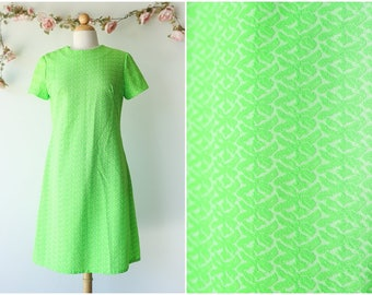 Neon Lime Vintage Dress - Bright Green 1970's Day Dress - Short Sleeved Textured Dress - Size Large